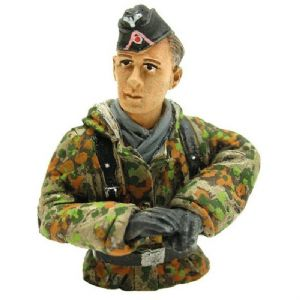Torro 1/16 Figure Tank Driver Summer Camouflage